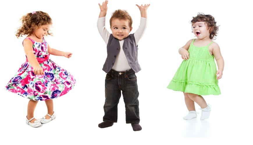 Танцующие малыши