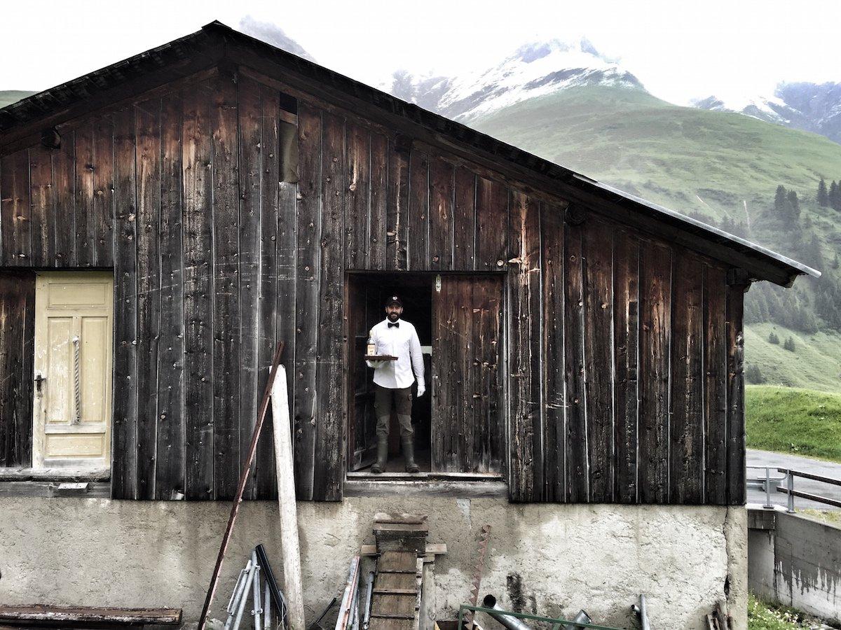 Отель без стен и потолка с лучшим видом на Швейцарские Альпы рис 6