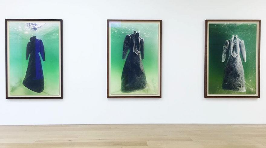 Как черное платье превратилось в соленую скульптуру на дне моря рис 7
