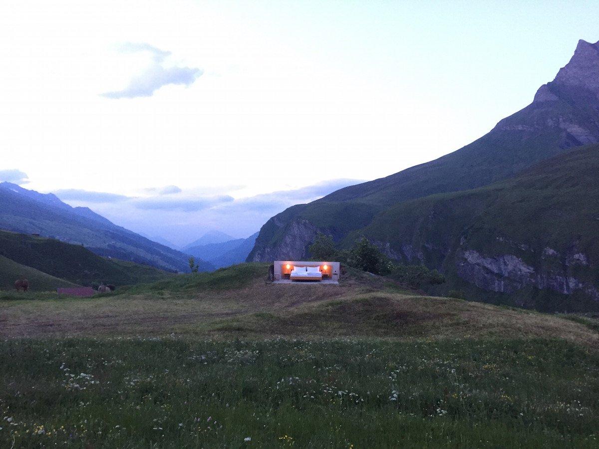 Отель без стен и потолка с лучшим видом на Швейцарские Альпы рис 8