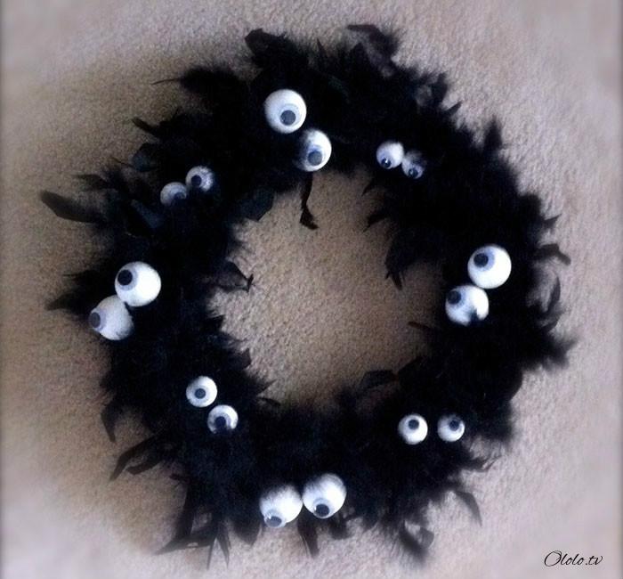 Новая мода на Хэллоуин: страшные венки для украшения дверей рис 17