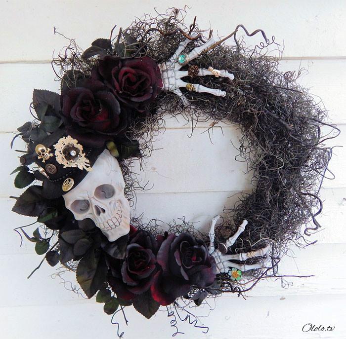 Новая мода на Хэллоуин: страшные венки для украшения дверей рис 18