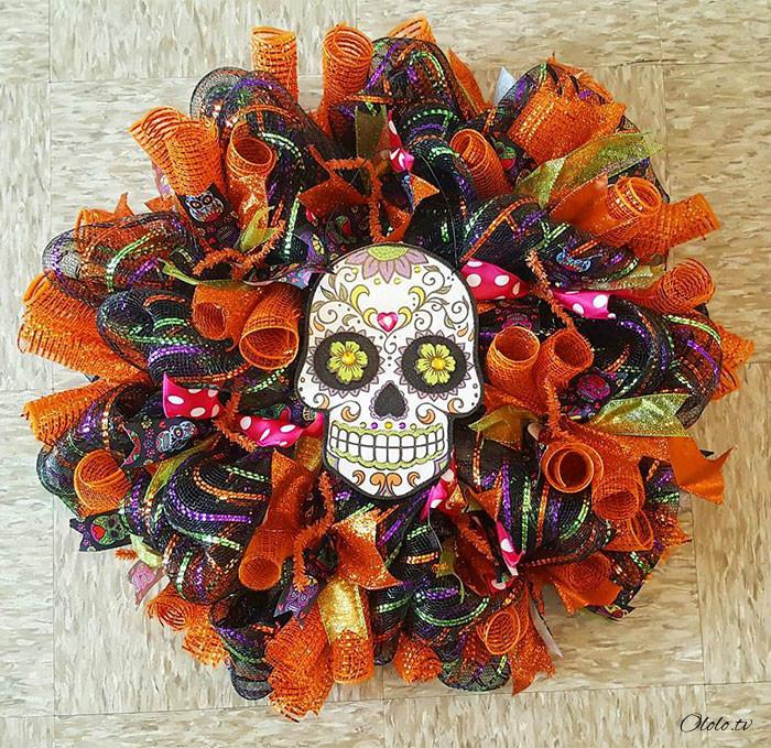 Новая мода на Хэллоуин: страшные венки для украшения дверей рис 10