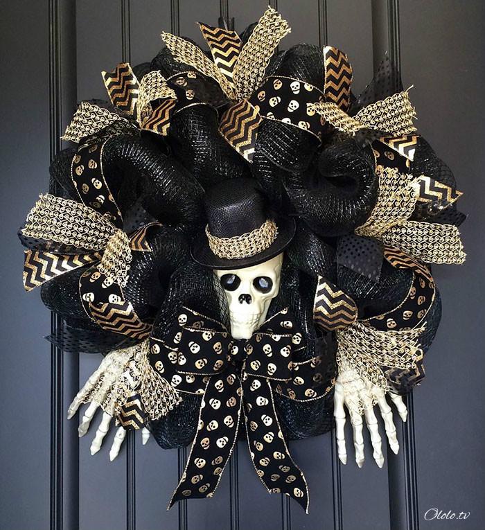 Новая мода на Хэллоуин: страшные венки для украшения дверей рис 7