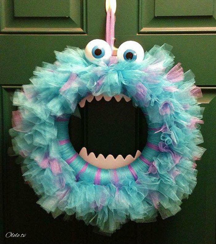 Новая мода на Хэллоуин: страшные венки для украшения дверей рис 5