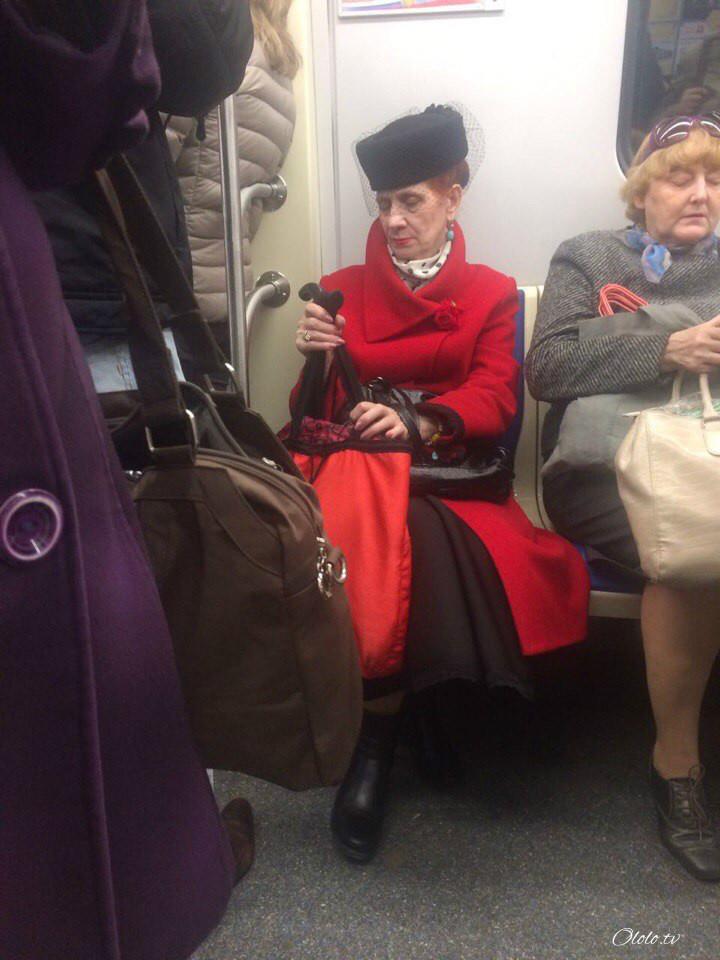 Модные люди в метро 2: осторожно, здесь может быть ваша фотография! рис 14