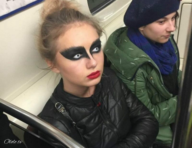 Модные люди в метро 2: осторожно, здесь может быть ваша фотография!
