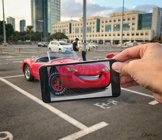 Фотограф мастерски объединяет реальный мир с фотографиями на его смартфоне рис 6
