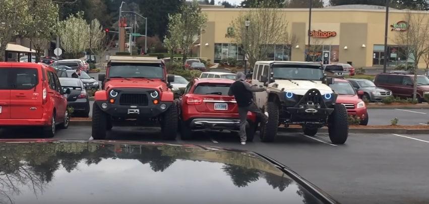 "Хороший урок для ""короля парковки"". Видео"