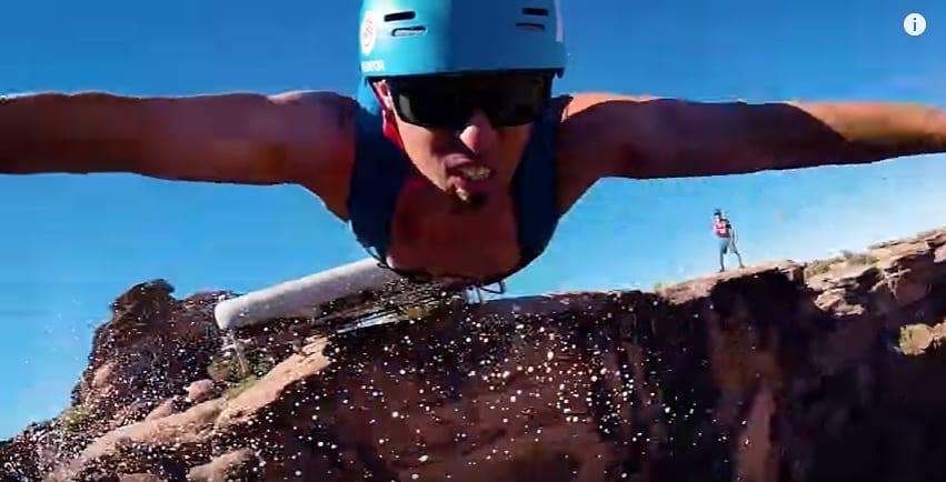 Когда обычный экстрим уже надоел! Головокружительные прыжки со 150-метровой скалы. Видео