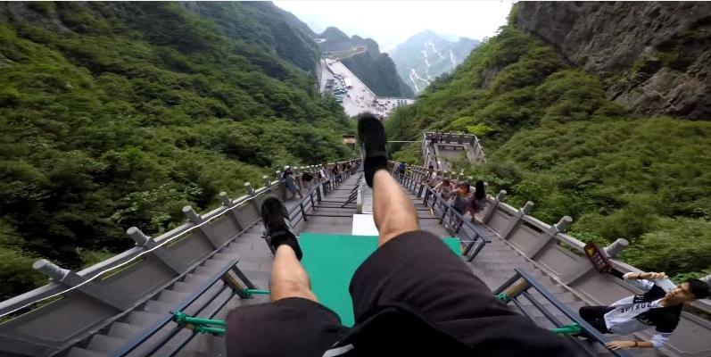 Эффектное прохождение самой большой паркур-трассы в мире! Видео