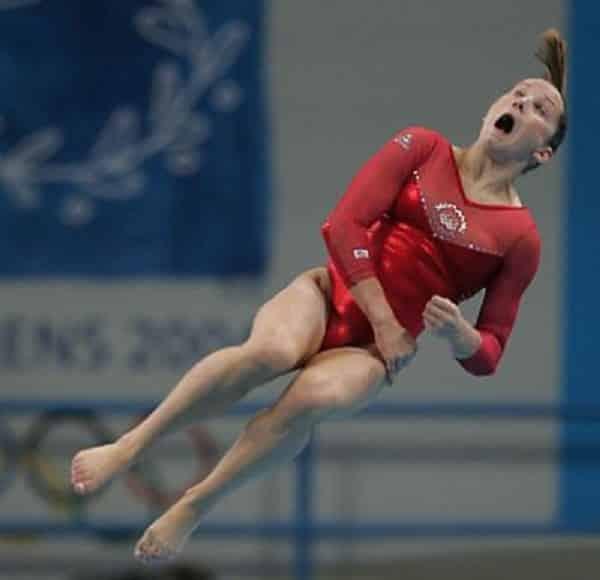 Очень смешные фото прыгунов в воду