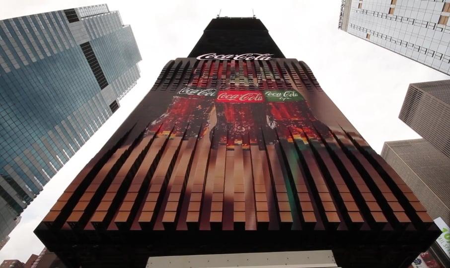 На Таймс-сквер появился первый трехмерный рекламный щит! Видео