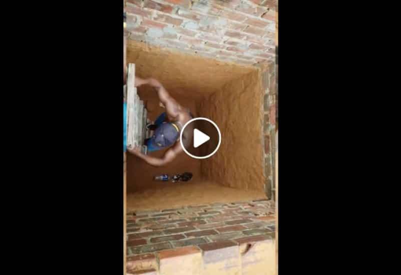 Курьезная операция по спасению кота из колодца. Видео