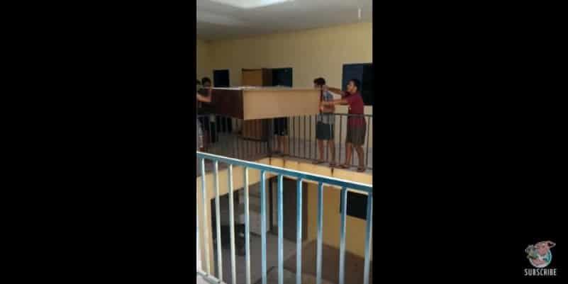 Спуск шкафа по бразильской системе или наивность 80 уровня. Видео