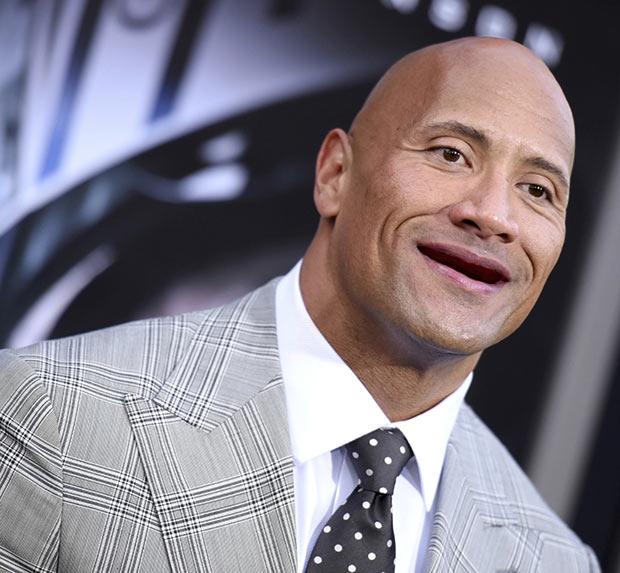 15 знаменитостей, которых взяли и лишили зубов. И это очень смешно! рис 5