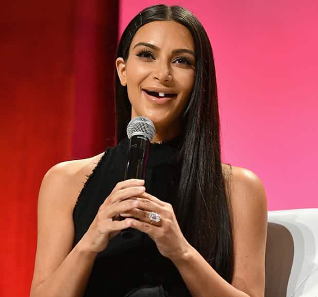 15 знаменитостей, которых взяли и лишили зубов. И это очень смешно! рис 8