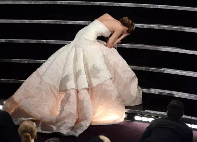 3 раза, когда Дженнифер Лоуренс отличилась на премии Оскар. То ли еще будет?