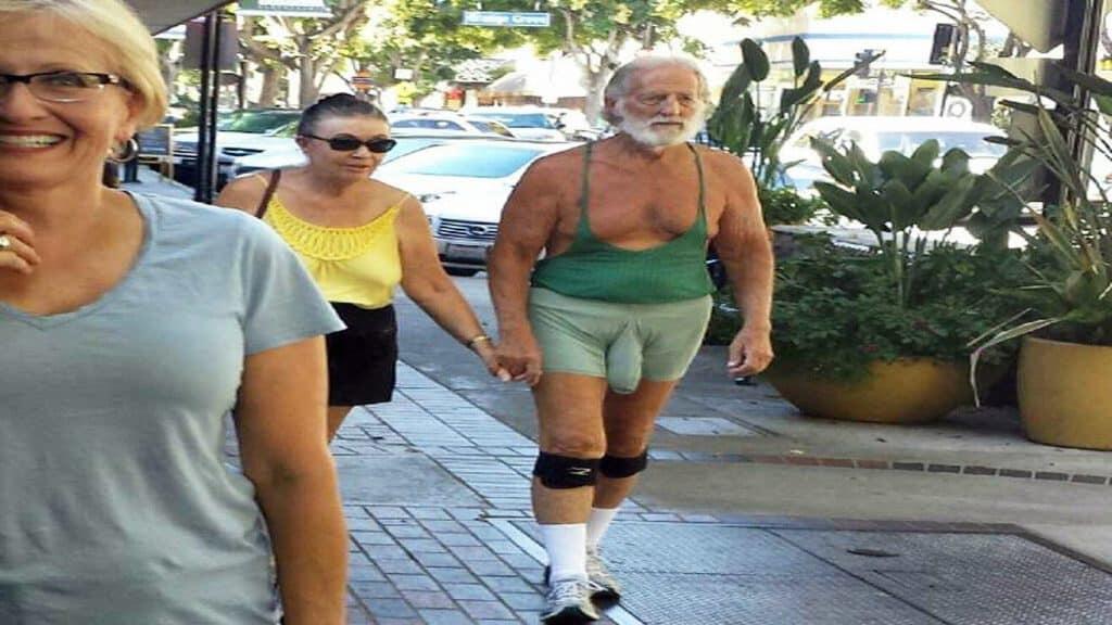 википедии самое смешное фото в мире до слез про людей брюнетка