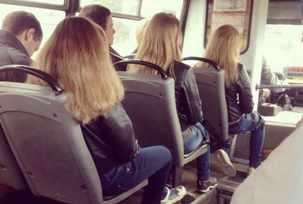 20 незнакомцев, которые выглядят одинаково или всё же сбой в матрице…