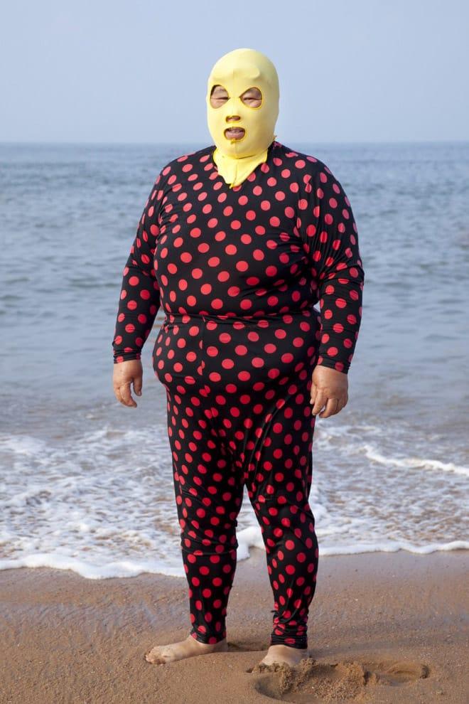 20 примеров бессмысленной и беспощадной моды с пляжей Китая! рис 9