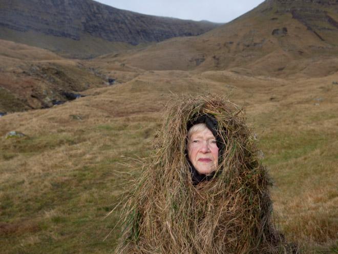 18 пожилых людей примерили эко парики для необычной фотосессии!