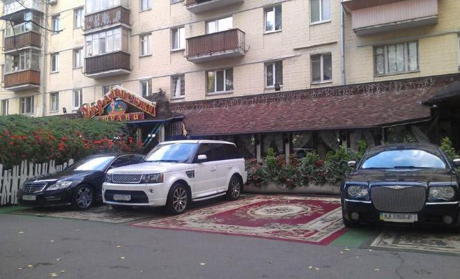 17 доказательств того, что в России действительно любят ковры! рис 9