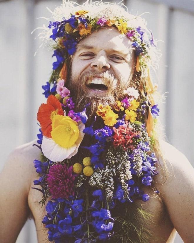 Цветы тебе в бороду! В Инстаграме новый тренд! рис 8