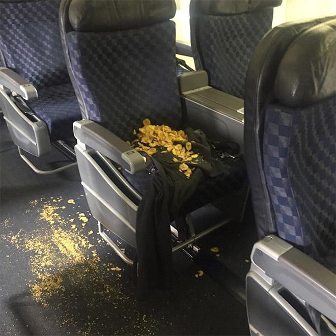 20 пассажиров, сидеть рядом с которыми - ваш ночной кошмар! рис 17