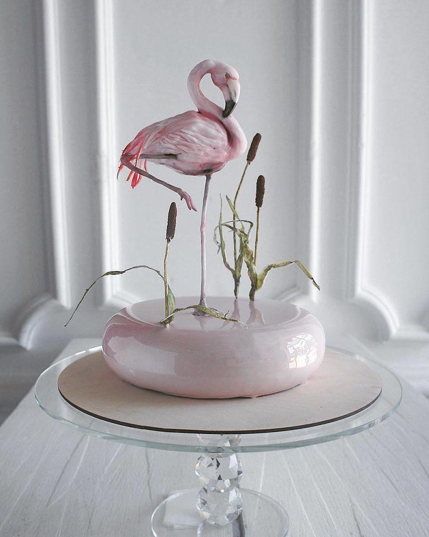 торт в форме фламинго