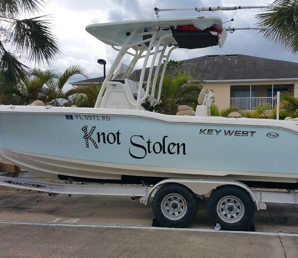 25 самых странных и смешных названий лодок, мимо которых без улыбки не пройти! 19