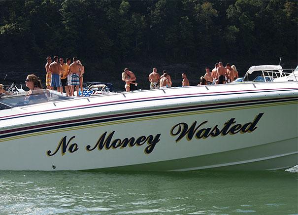 25 самых странных и смешных названий лодок, мимо которых без улыбки не пройти! 8