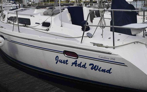 25 самых странных и смешных названий лодок, мимо которых без улыбки не пройти! 13