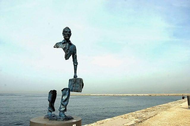 """Скульптура из серии """"Путешественники"""""""