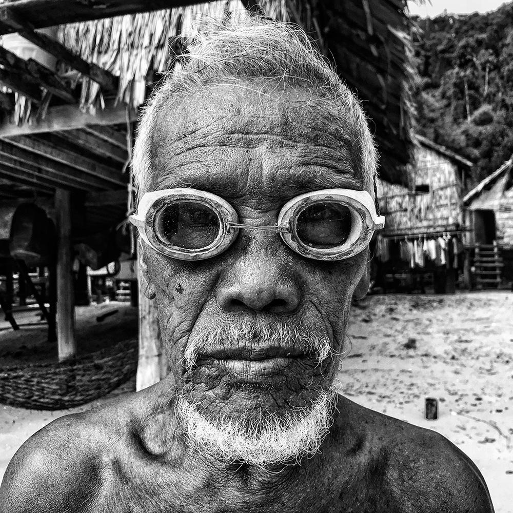 портрет мужчины в Таиланде фото