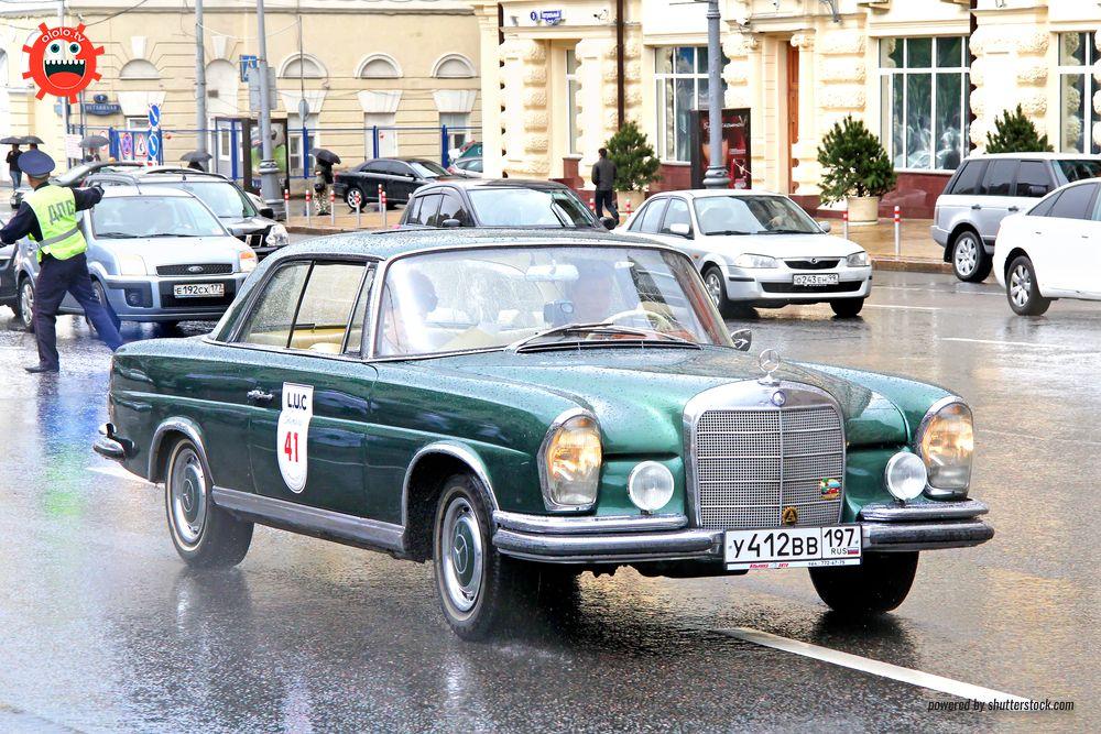 Mercedes W112 300SE