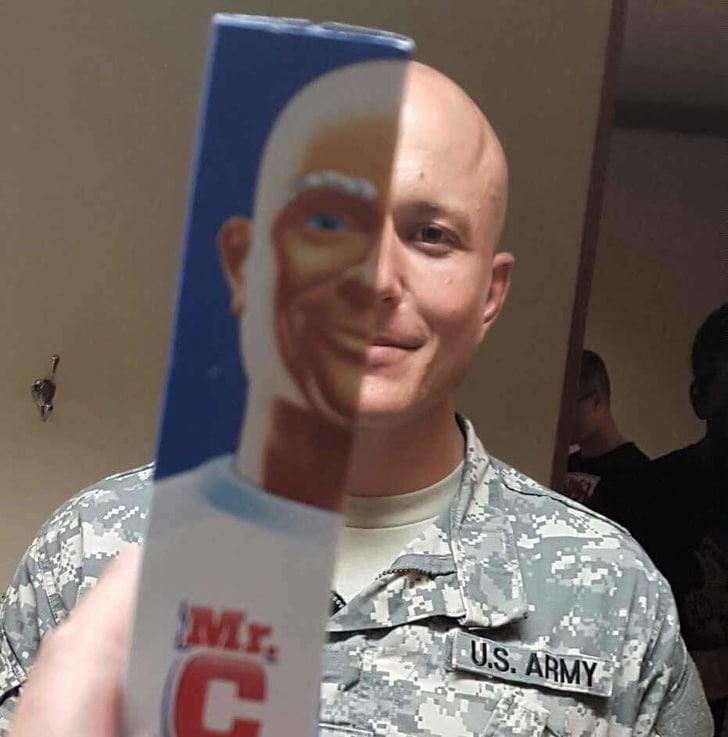 мужчина в армейской форме