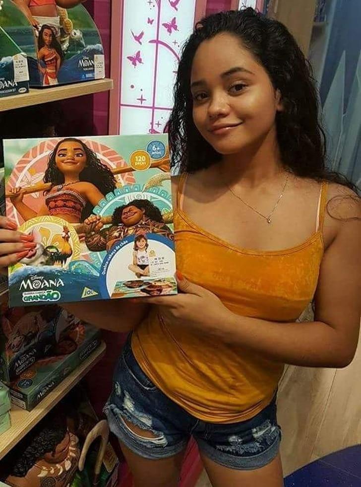девушка похожая на моану