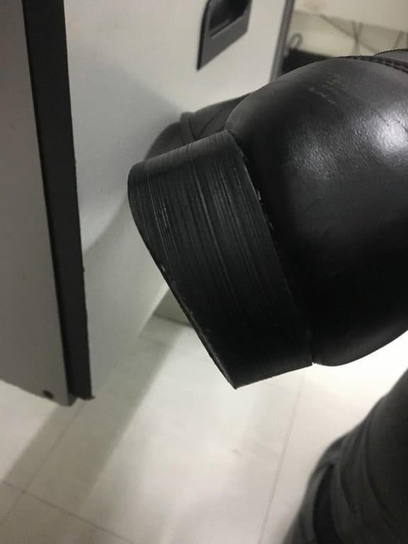 стертый каблук