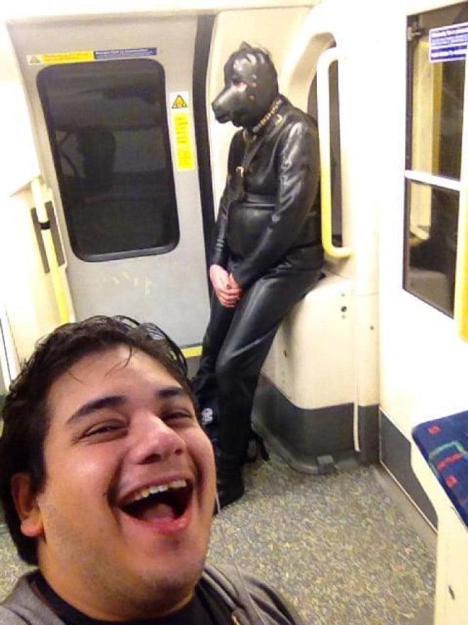 люди в метро рис 2