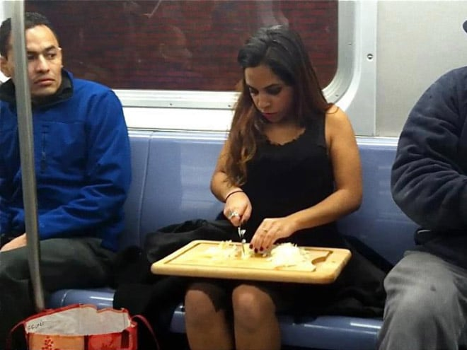 пассажиры метро рис 3