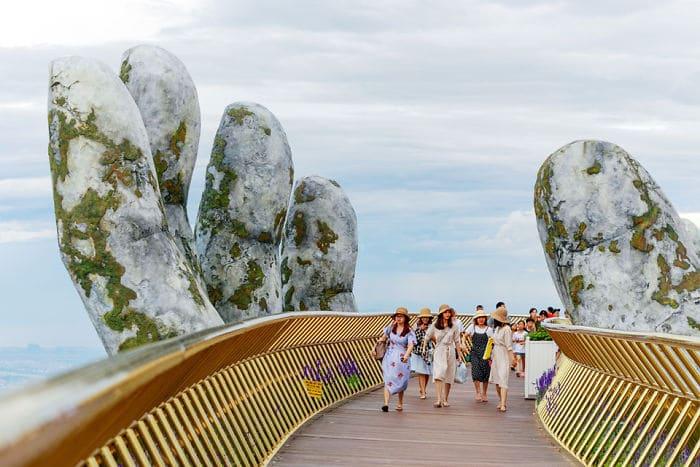 золотой мост во вьетнаме рис 3
