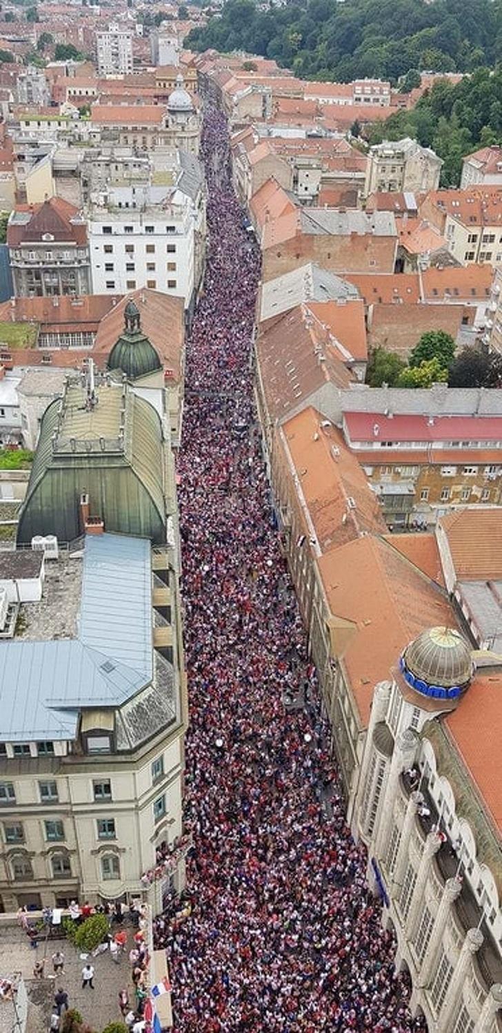 оживленная улица в Хорватии