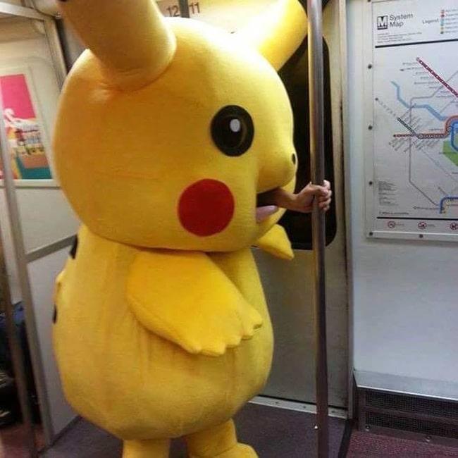 Пикачу в метро