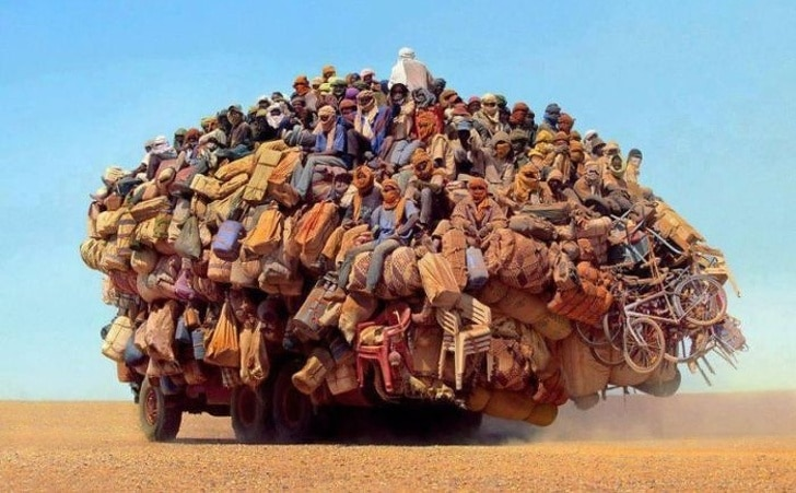 перегруженный транспорт