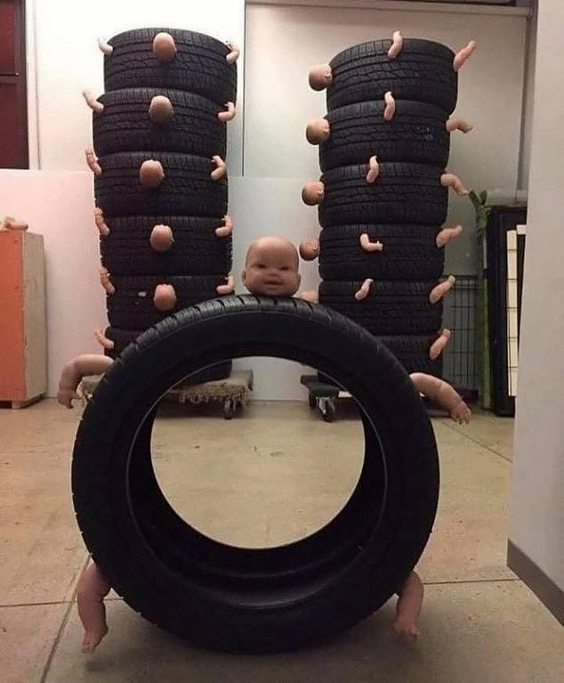 шины с кукольными головами