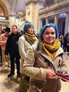 девушки с синими волосами