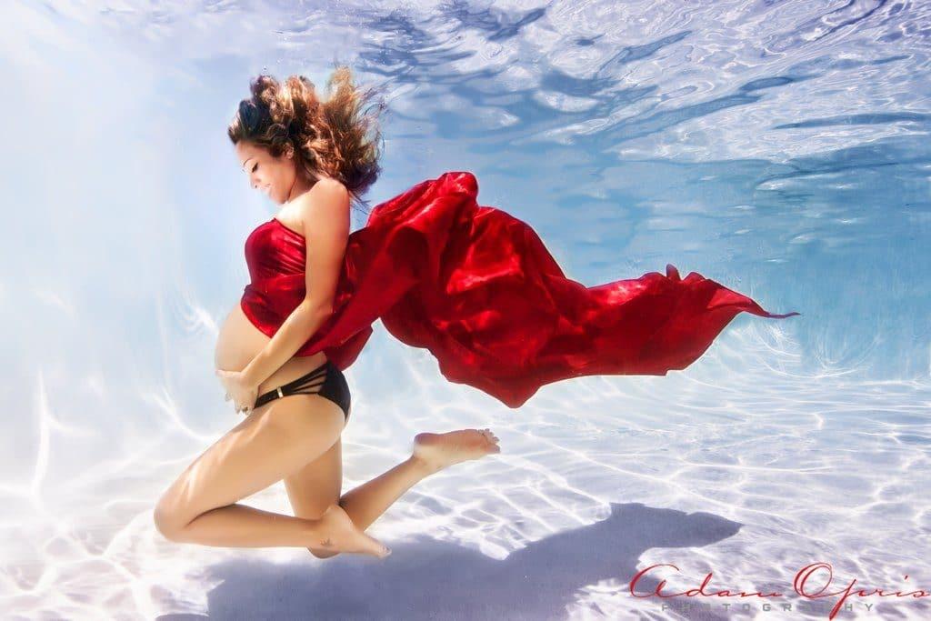 фото беременная под водой рис 2