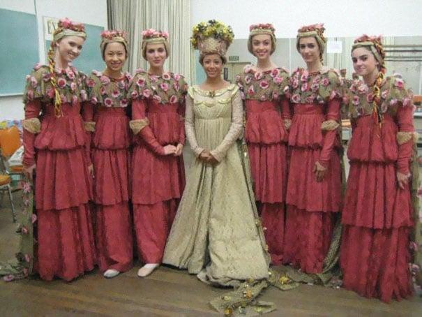 подружки невесты в необычных платьях