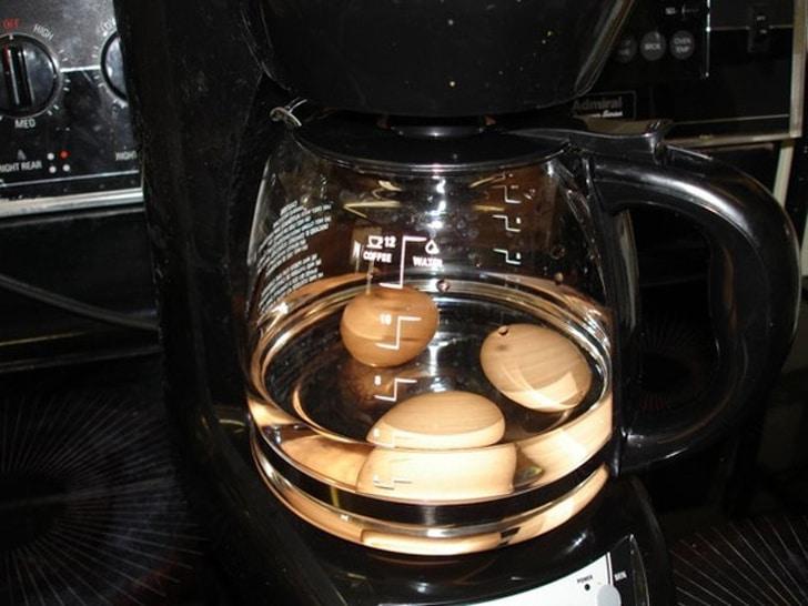 варить яйца